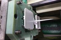 Stampo in Digital ABS montato su pressa per stampaggio a iniezione