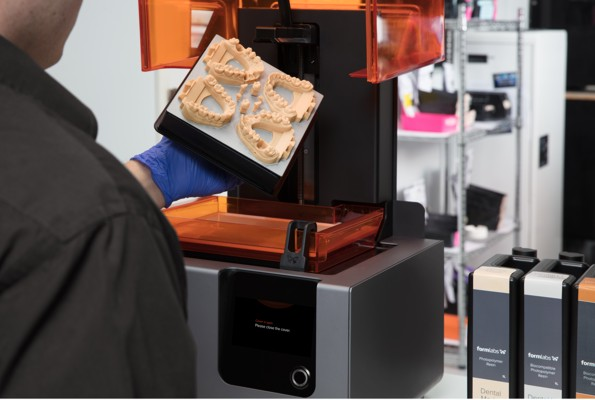 Stampa 3D dentale - Stampante 3D Formlabs e resine dentali
