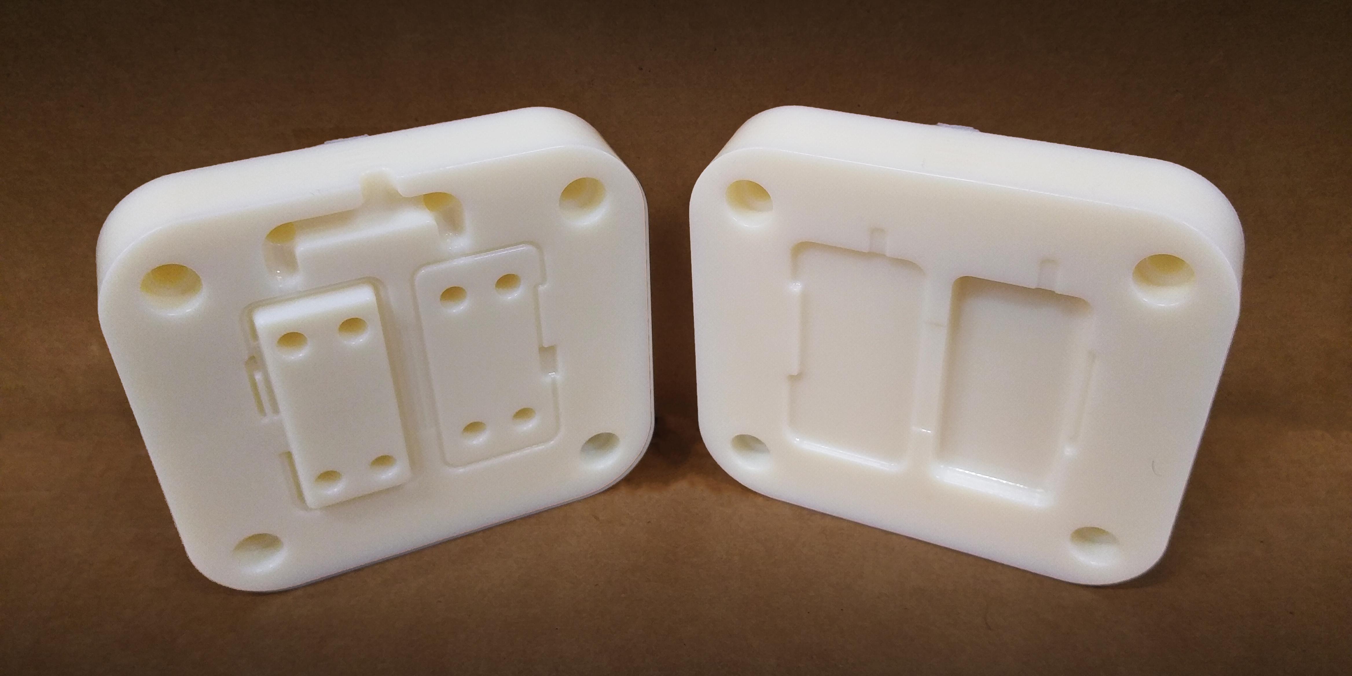 Stampa 3D dei tasselli per stampaggio a iniezione con Rigur Stratasys