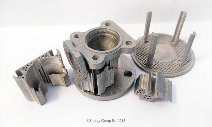 Parti in metallo stampate in 3D con stampante 3d metallo Desktop Metal Studio System