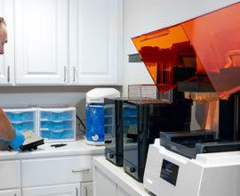stampante 3d materiali biocompatibili dentale